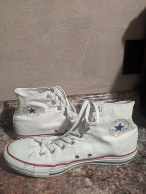 CONVERSE ALL STAR SHOES MEN SIZE 9.5 for Sale in Saginaw, TX
