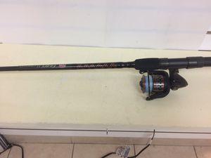 fishing saltwater penn fierce II 4000 reel with rod for Sale in Boca Raton, FL