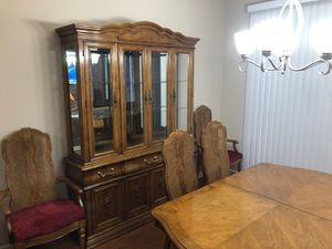 Dining room set -2 additional leaves. 6 chairs total. 2 piece Hutch/buffet for Sale in Wexford, PA