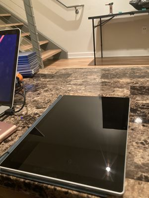 MICROSOFT SURFACE PRO 7 for Sale in Los Angeles, CA