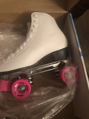 RW Wave Women pink and white roller skates for Sale in Upper Marlboro, MD