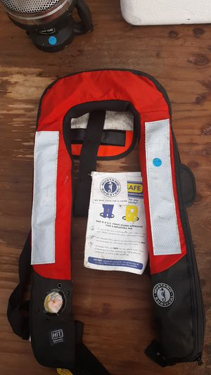 Mustang Survival Hydrostatic Life Vest for Sale in Grayland, WA