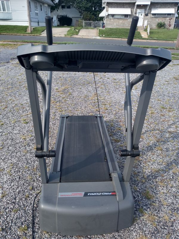 ProForm crosswalk treadmill excellent new condition works perfectly tracks your progress. Includes power incline. Pick up or (FREE) curbside delivery
