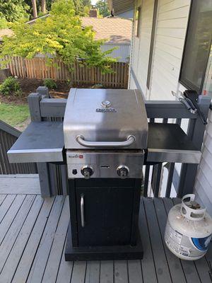 Char-boil 2 burner BBQ grill for Sale in Auburn, WA