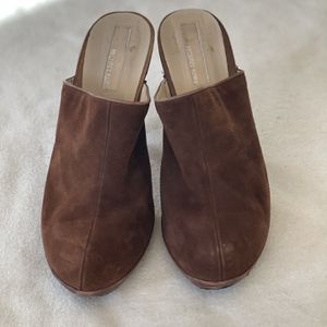 Michael Kors - Brown Suede , Size 39. Good Condition for Sale in Chicago, IL