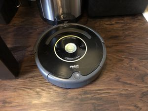 iRobot Roomba 650 Robot Vacuum for Sale in Beverly Hills, CA