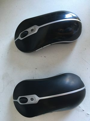Dell BLUETOOTH Wireless Mouse ERGONOMIC FILLS and Supports YOUR Hand Dell Tested and working perfectly for Sale in Spring Valley, CA