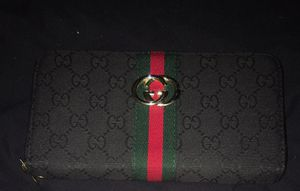 Black Gucci wallet for Sale in NEW PRT RCHY, FL