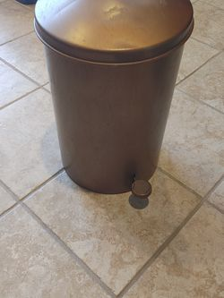 Vintage Restroom / Office Wastebasket Touch Free for Sale in Ocean Shores,  WA