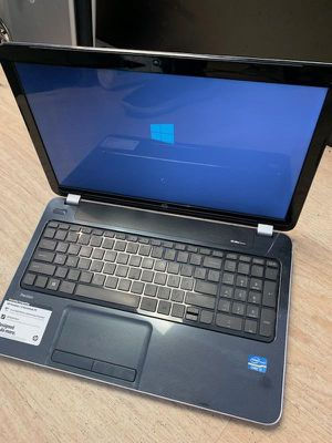 Hp i3 windows 10 700 gig hard drive 4 gigs ram word excel power point for Sale in Los Angeles, CA