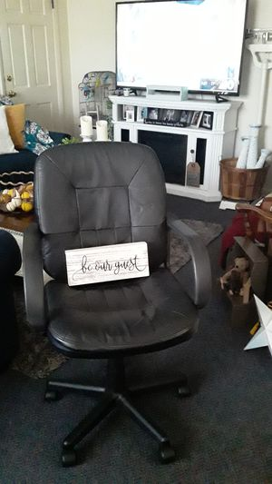 Desk chair for Sale in Upper Gwynedd, PA