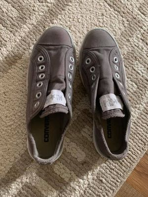 Women's Converse Sneakers Size 6 for Sale in Bordentown, NJ