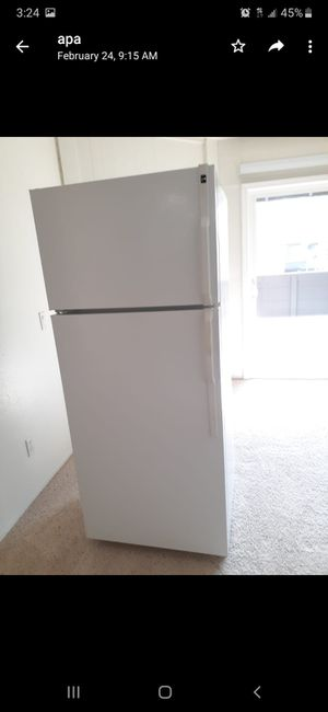 100 dlls refrigerator good condition for Sale in San Diego, CA