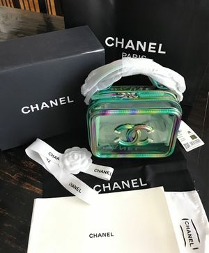 Chanel Vanity Case Crossbody 20c Small Filigree PVC Rectangle Chain Green Clutch Patent Leather Shoulder Bag for Sale in Kennesaw, GA
