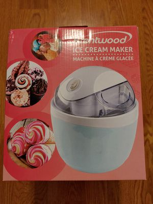 Ice Cream Maker Appliance Brand New 1 quart Cook Serve Desserts Kitchen Appliance for Sale in Lake Shore, MD