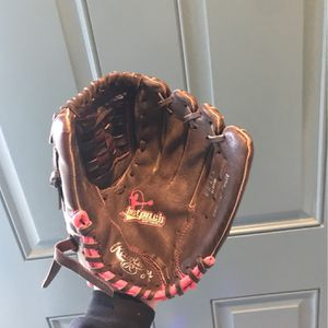 Rawlings Softball/baseball glove for Sale in Temecula, CA