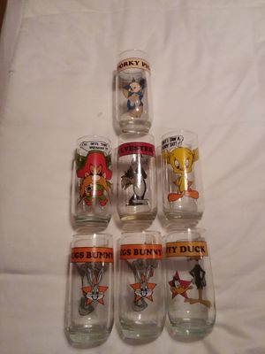7 1966 Arby's Looney Tunes Collectible Glasses for Sale in Port Richey, FL