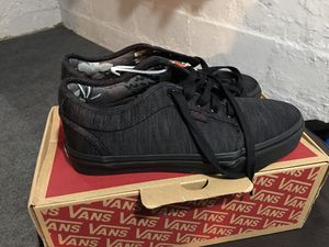 Black vans size 7 for Sale in Mitchell, IL