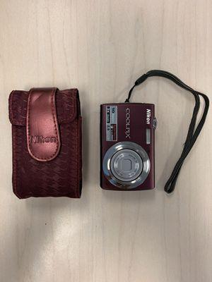Nikon Coolpix S220 10MP Digital Camera for Sale in Hallandale Beach, FL