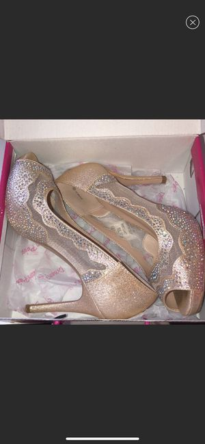 Dream Paris Heels for Sale in Monroeville, PA