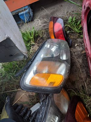 Headlights/Taillights 2003 Subaru Outback for Sale in Portland, OR