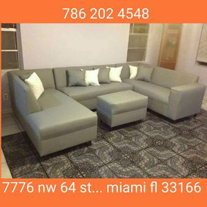 Large U sectional couch for Sale in Miami Springs, FL