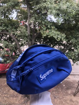 Supreme Fanny pack for Sale in Fort Worth, TX