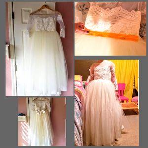 Size 10 girls fancy dress for Sale in Kyle, TX