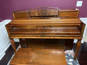 Upright Piano for Sale in Macomb, MI