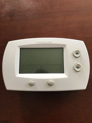 Honeywell Thermostat for Sale in Del Valle, TX