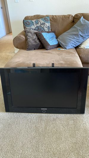 """32"""" Samsung Flat Screen for Sale in Westminster, CO"""