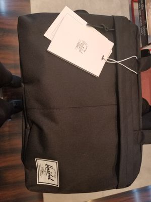 Brand New Hershel Bowen Duffel for Sale in Los Angeles, CA