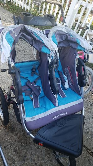 Double stroller for Sale in Hyattsville, MD