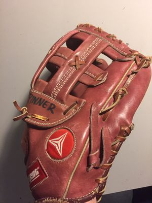 Regent Genuine Leather Baseball Glove for Sale in Sun City, AZ