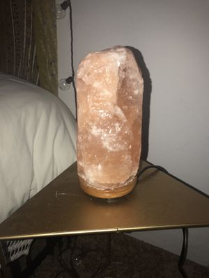 Himalayan Salt Lamp for Sale in Los Angeles, CA