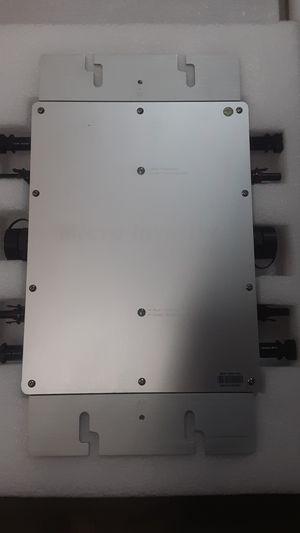 Micro inverter wvc-1200 for Sale in Oak Hills, CA