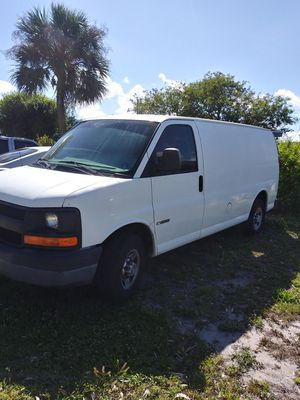 Chevy express 2500 for Sale in Lake Worth, FL
