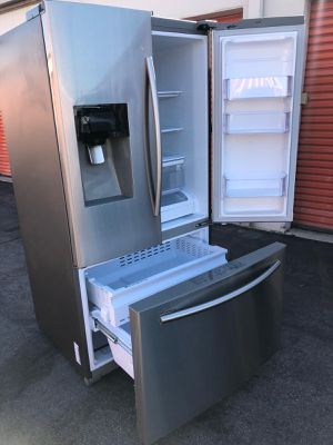 REFRIGERATOR SAMSUNG NEW for Sale in Inglewood, CA