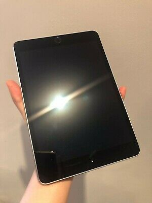 Apple iPad MINI 3, 3rd Generation, WiFi with Excellent Condition for Sale in Springfield, VA