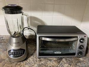 Blender and toast-r-oven/ liquidificador e forninho for Sale in Marlborough, MA