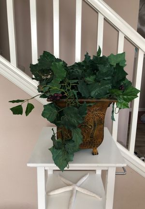 Decorative house plant (fake) for Sale in San Diego, CA