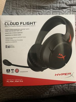 Gaming Headset (HYPERX CLOUD FLIGHT) Wireless for Sale in Anaheim, CA