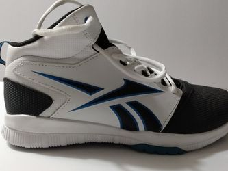 Reebok With Ortholite Size 6 Y for Sale in Sanford,  NC