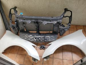 Infiniti G35 parts 2004-2009 for Sale in Miami, FL