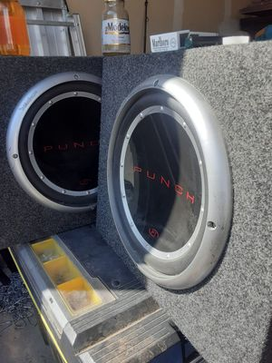 Speakers Punch and amplifier rocksford fosgate for Sale in Aurora, CO