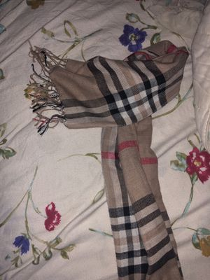 Burberry Scarf for Sale in Fort Washington, MD