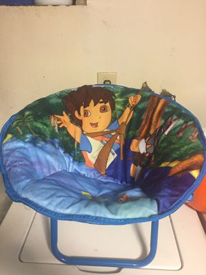 Diego kids lounge chair for Sale in Queens, NY