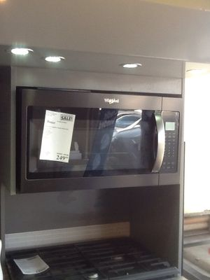 New open box Whirlpool microwave black stainless WMH32519HV for Sale in Bellflower, CA