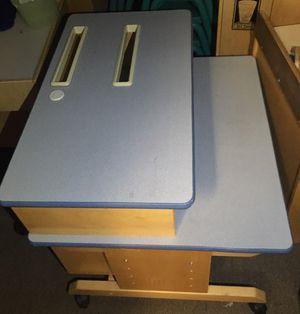 Kids computer desk for Sale in Highland Hills, OH