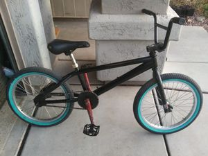 """20"""" haro bike for Sale in Youngtown, AZ"""